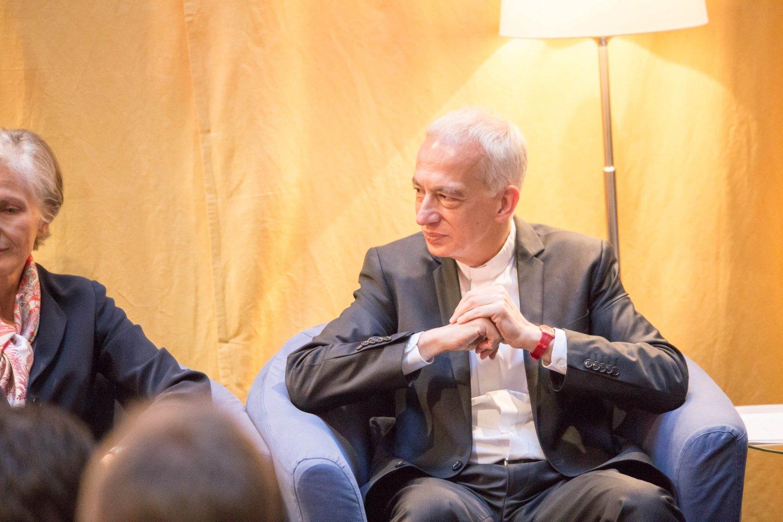 Michael Landau Irmgard Griss Podium TALK Figlhaus Wien Akademie für Dialog und Evangelisation Brückenbauer gesucht - in einem gespaltenen Land