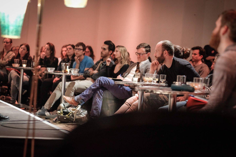 studenten tische reinhold bilgeri tanja wehsely emmanuel fleckenstein talk wuk figlhaus wien akademie für dialog und evangelisation