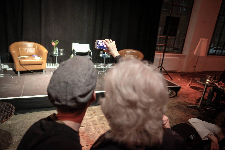 selfie reinhold bilgeri tanja wehsely emmanuel fleckenstein talk wuk figlhaus wien akademie für dialog und evangelisation