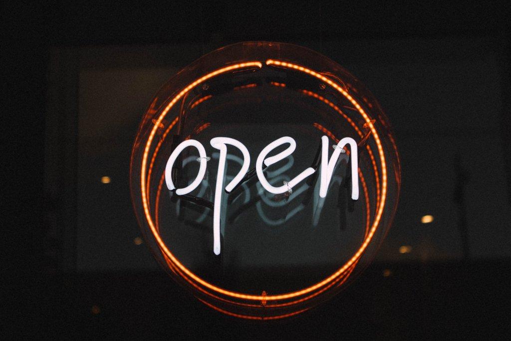 Open Schild