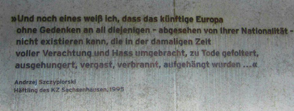 gedenken Gedenktafel im KZ Sachsenhausen bei Berlin